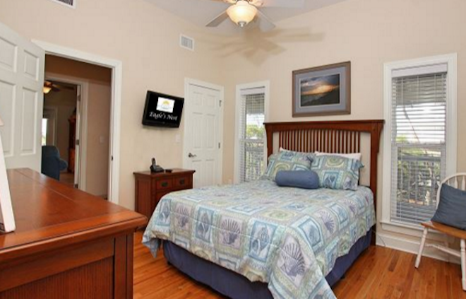 Book Your Holiday Accommodations Now!